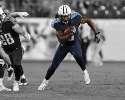 Tennessee Titans DERRICK HENRY Glossy 8x10 Photo Spotlight P